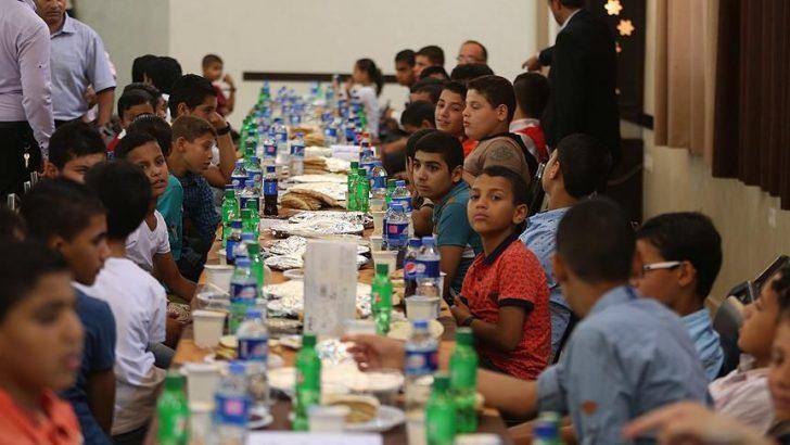 Türk Kızılayı'ndan Gazze'de 120 Yetime İftar