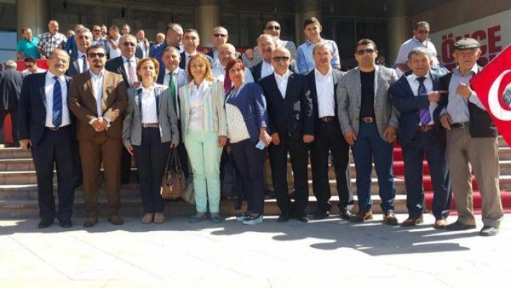 CHP İzmir Kılıçdaroğlu'na desteğe gitti!