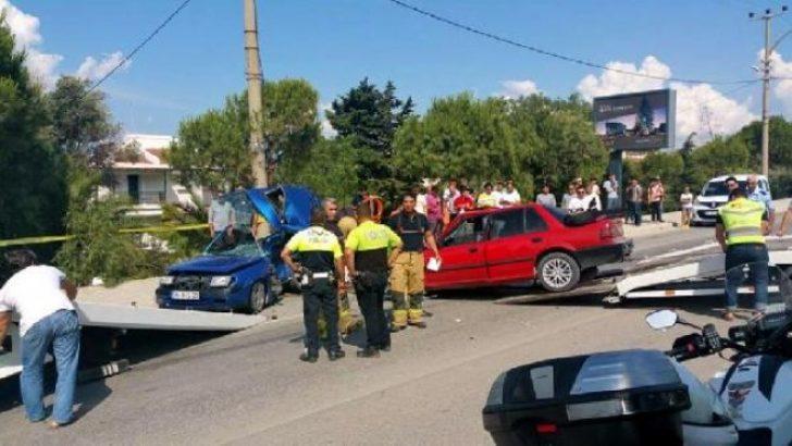 İzmir'de Feci Kaza; 2 ölü 4 yaralı