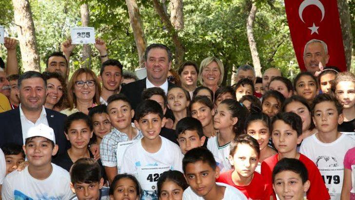 Eski milli atlet Safter Karabağlı Buca'da unutulmadı