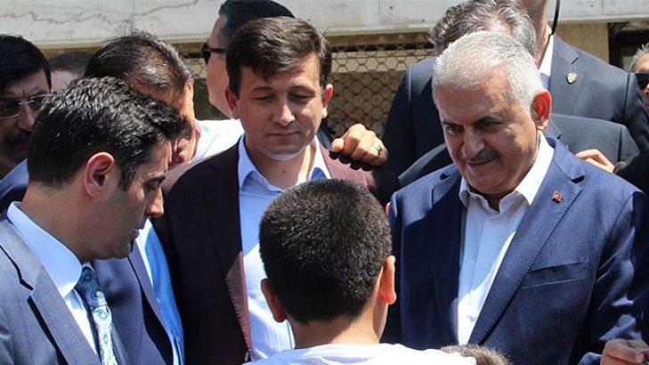 Başbakan Binali Yıldırım Bayramlaşmaya İzmir'e Geldi
