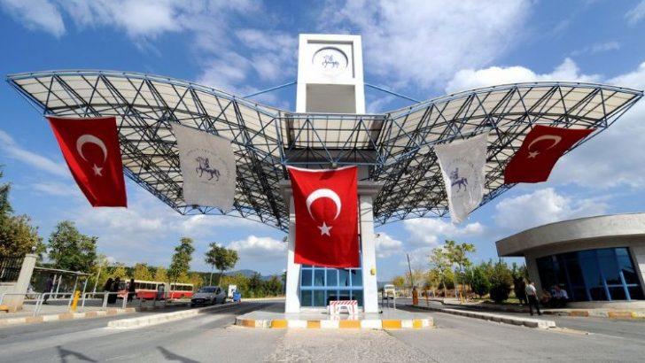 Dokuz Eylül Üniversitesi'ne FETÖ operasyonu: 30 gözaltı