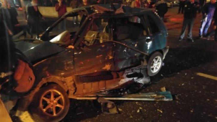 İzmir'de feci kaza: Kamyon kırmızıda geçti…