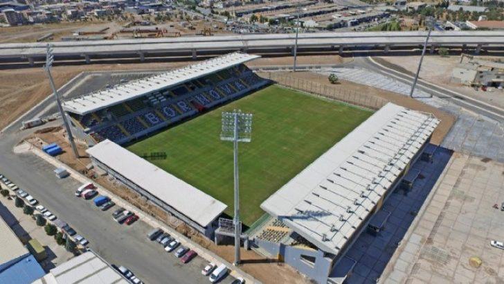 'Bornova arenası'nda ilk uluslararası maç: Başkan'dan İzmir'e davet