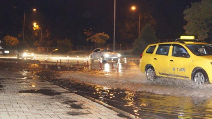 İzmir'de 'sağanak' raporu: Yağışlar kaç gün daha sürecek?