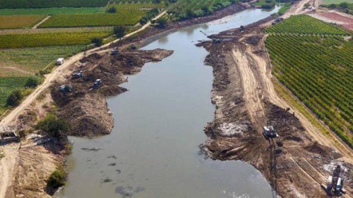 Gediz Nehri'ni kirleten belediyeler için suç duyurusu