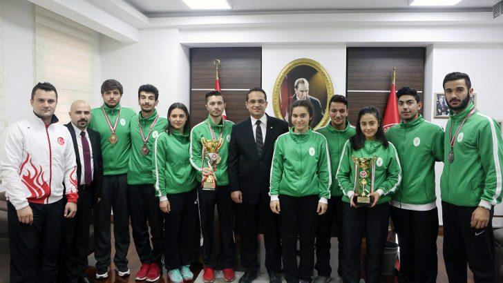 Bornova'nın Şampiyonları