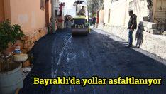 Bayraklı'da yollar asfaltlanıyor