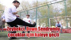 AK Parti İzmir Büyükşehir Belediye Başkan Adayı Zeybekci, down sendromlu çocuklarla bir araya geldi: