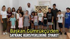 Başkan Gümrükçü'den satranç kursiyerlerine ziyaret