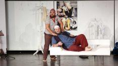 Yaka Gençlik Tiyatrosu Gülmekten Kırdı Geçirdi