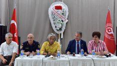 Bornova'da kurumlar birbirine yaklaşıyor
