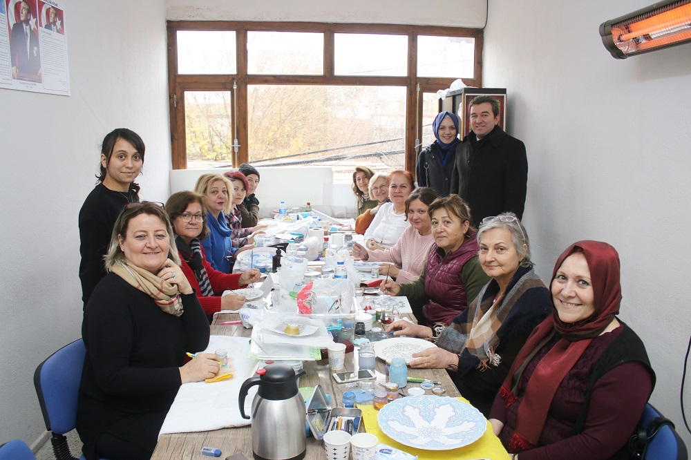 Bergama'da sosyal belediyeciliğe kadın merkezli adım