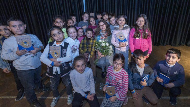 """Ünlü çocuk kitapları yazarı Asa Lind'den İzmirli çocuklara mesaj:""""Hayal edin, keşfedin"""""""
