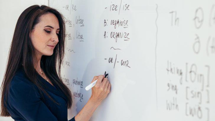Gaziemirli anneler İngilizce öğreniyor