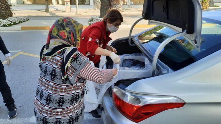 Urla'da erzak dağıtımı devam ediyor