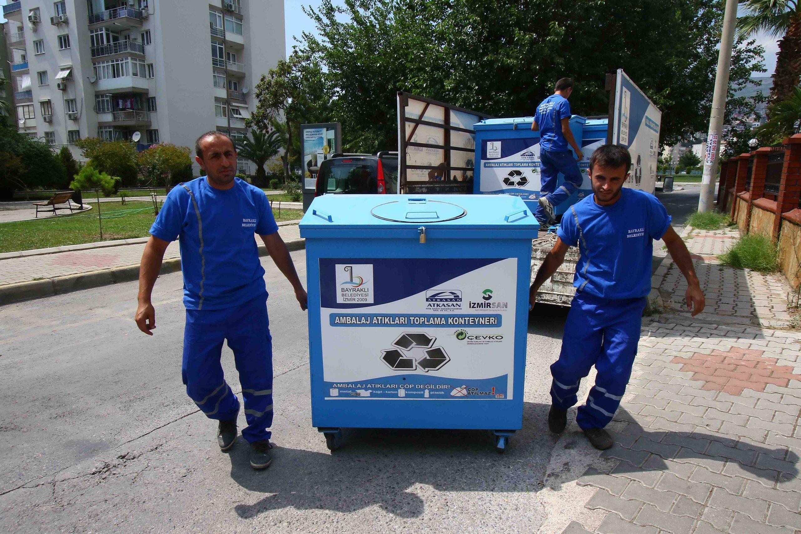 Bayraklı'da 23 ton atık geri kazanıldı