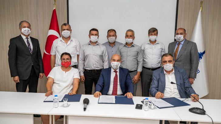 İzmir'de 153 bin 500 çocuğa süt