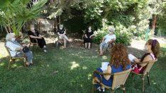 Bahçe Sohbetleri'yle salgının etkilerini yeniyorlar