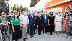 """Gaziemir'de iyiliğin kapısı """"Sosyal Market"""" açıldı"""