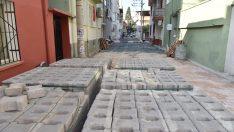 Rafetpaşa Mahallesi'nde sokaklar yenileniyor