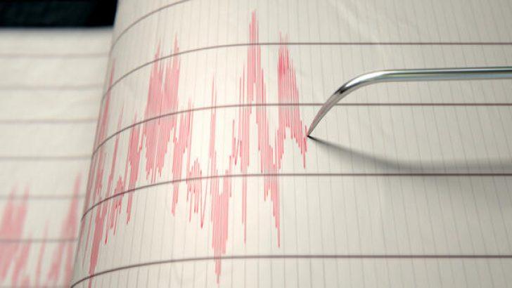 İzmir'de 5.0 büyüklüğünde artçı deprem meydana geldi
