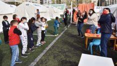 Minik depremzedeler için moral etkinlikleri