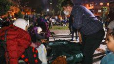 Buca Belediye Başkanı Kılıç'tan kira kampanyasına 15 bin TL bağış