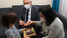 Başkan Selvitopu yeni yılı depremzede ailelerle karşıladı