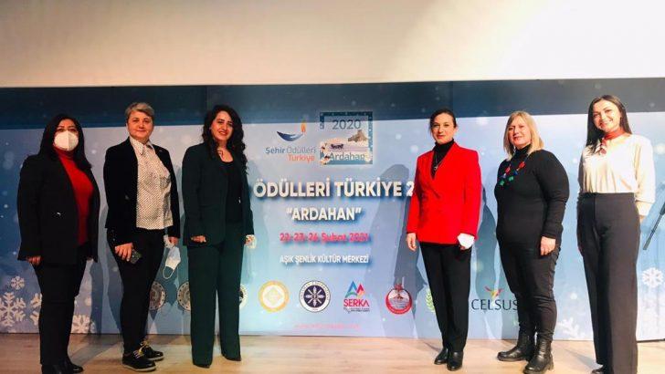 """Efeslim Kart Türkiye'ye """"Umut Işığı"""" Oldu"""