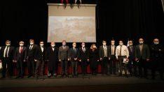 """Bergama Belediye Başkanı Hakan Koştu; """"Zeus Sunağı UNESCO Dünya Mirası Bergama'nındır"""""""