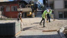 BAYRAKLI'DA 24 MAHALLEYE 43 BİN METREKARE KİLİT PARKE