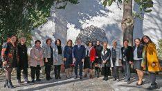 Konak Belediyesi'nin 32 müdürlüğü 16'sını kadın yönetiyor.