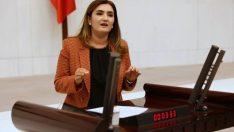 """CHP İzmir Milletvekili Av. Sevda Erdan Kılıç:  """"Sağlık Bakanlığı, ASM'nin hasarlı binada hizmet vermesini seyrediyor!"""""""