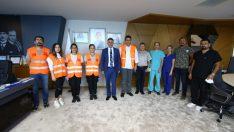 BAYRAKLI'DA HAYVANSEVERLERE 'ARAMA-KURTARMA' EĞİTİMİ