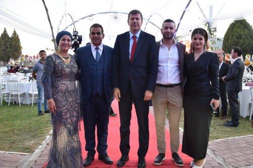 Torbalı'da CHP'lileri buluşturan düğün!